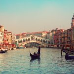 Venice - A Guide to the City of Canals, Boats, and Bridges