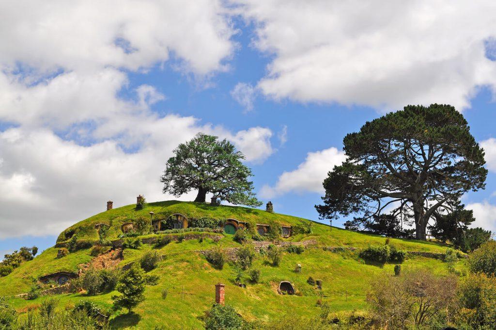 themes vacations New Zealand