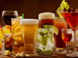 Cocktails Alcohol around the world