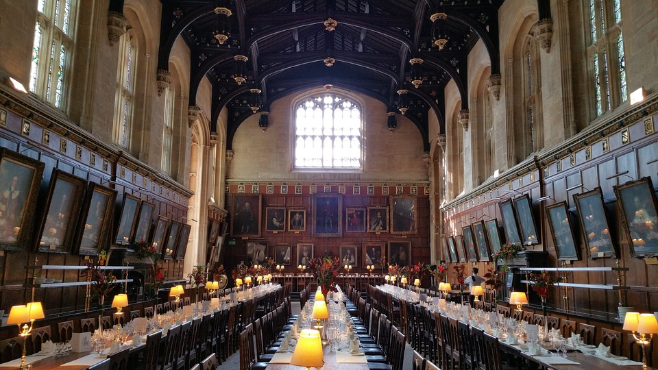 The Dining Hall at Christ Church College inspired the designers of the Harry Potter films.
