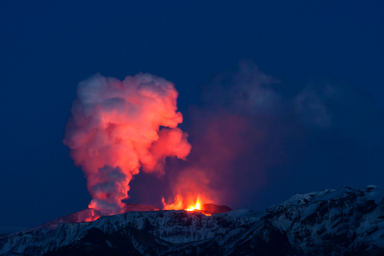 Eyjafjallajökull spews lava and ash in Iceland - volcanoes