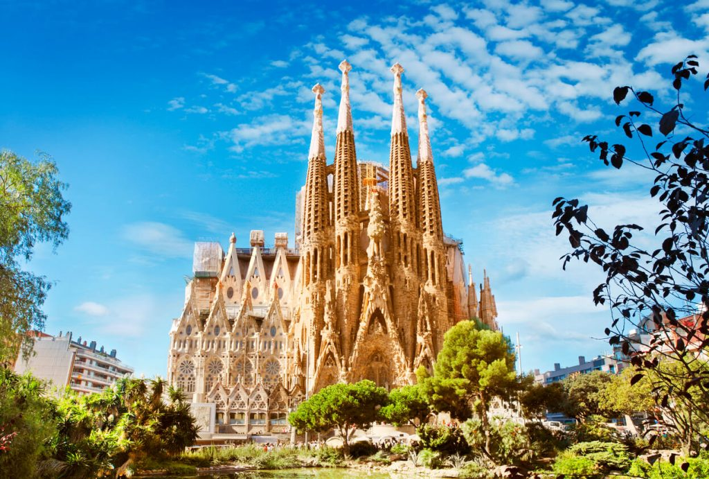 The Sagrada Familia Cathedral in Barcelona, Architecture Lovers
