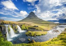 kirkjufell mountain on snaefellsnes peninsula, iceland