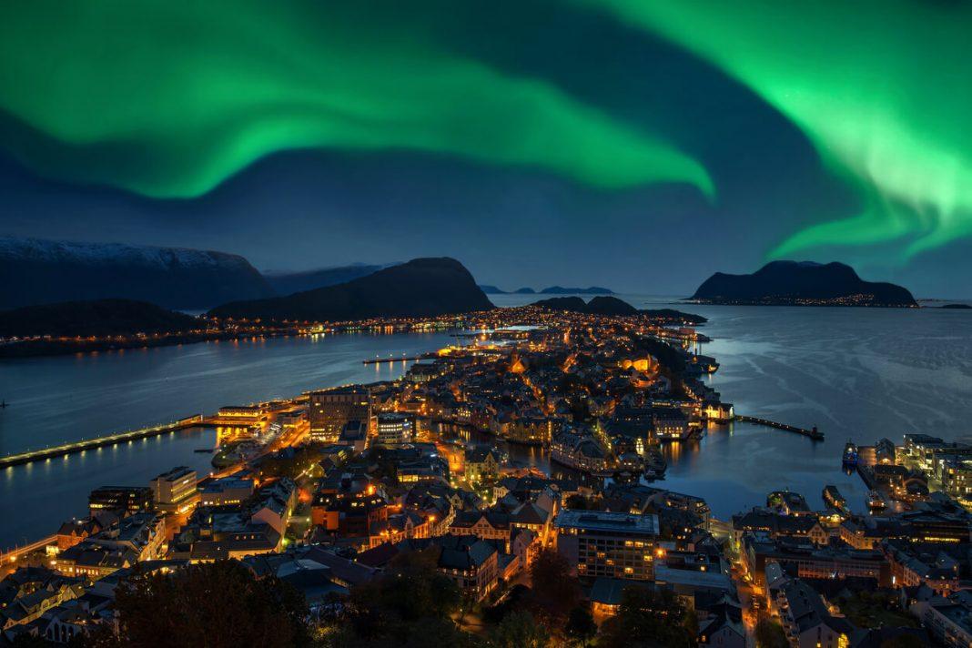 Aurora, Norway,Hogwarts