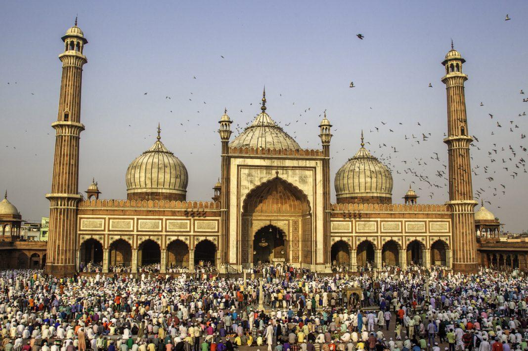 Eid Prayer at Jama Masjid, Old Delhi, India, Bakra Eid delicacies, Indian Festivals