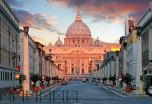 Vatican city, world's smallest countries by population