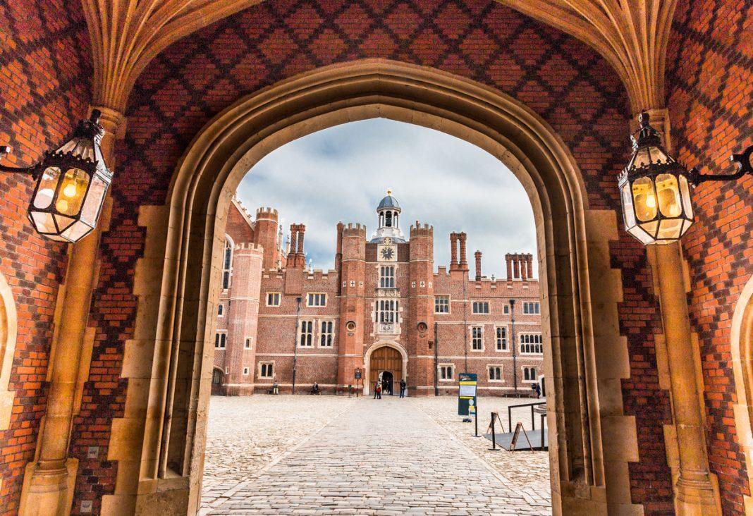 Hampton Court Palace, London Palaces