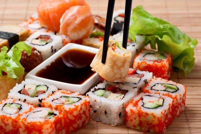 celebrity chef, Traditional Japanese food Sushi