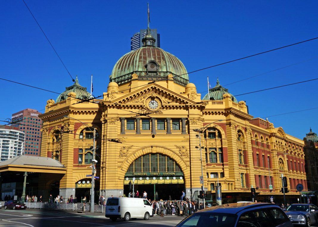Flinders Street Station (Melbourne, Australia)
