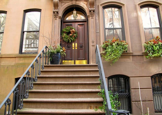 66-Perry-Street-Carrie-Bradshaws-apartment-New-York