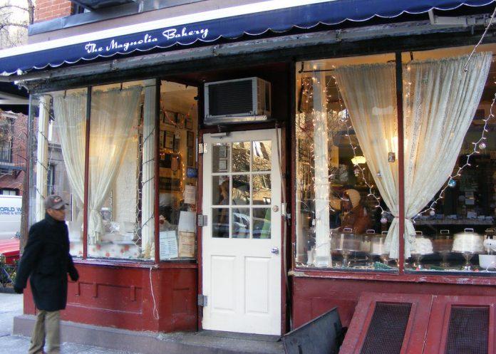 Magnolia-Bakery-Bleecker-Street-New-York-City