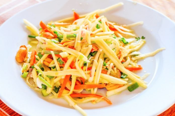 Green mango salad Cambodian food