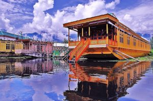 Kashmir Houseboat Traditional Houses Around The World