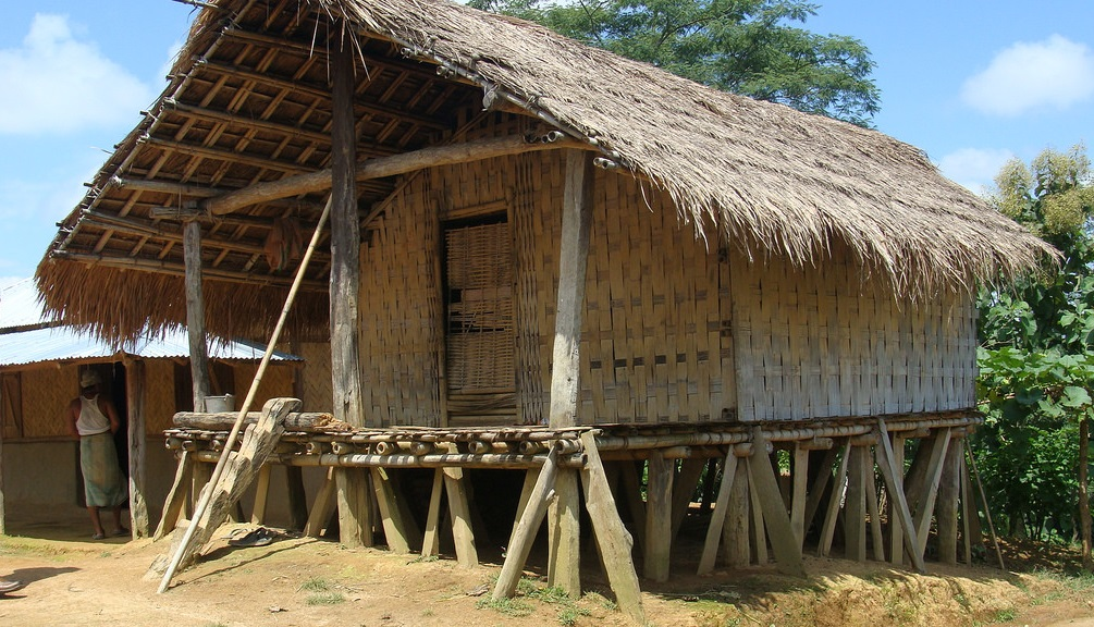 11 Delightful Traditional Houses Around The World | Travel ...