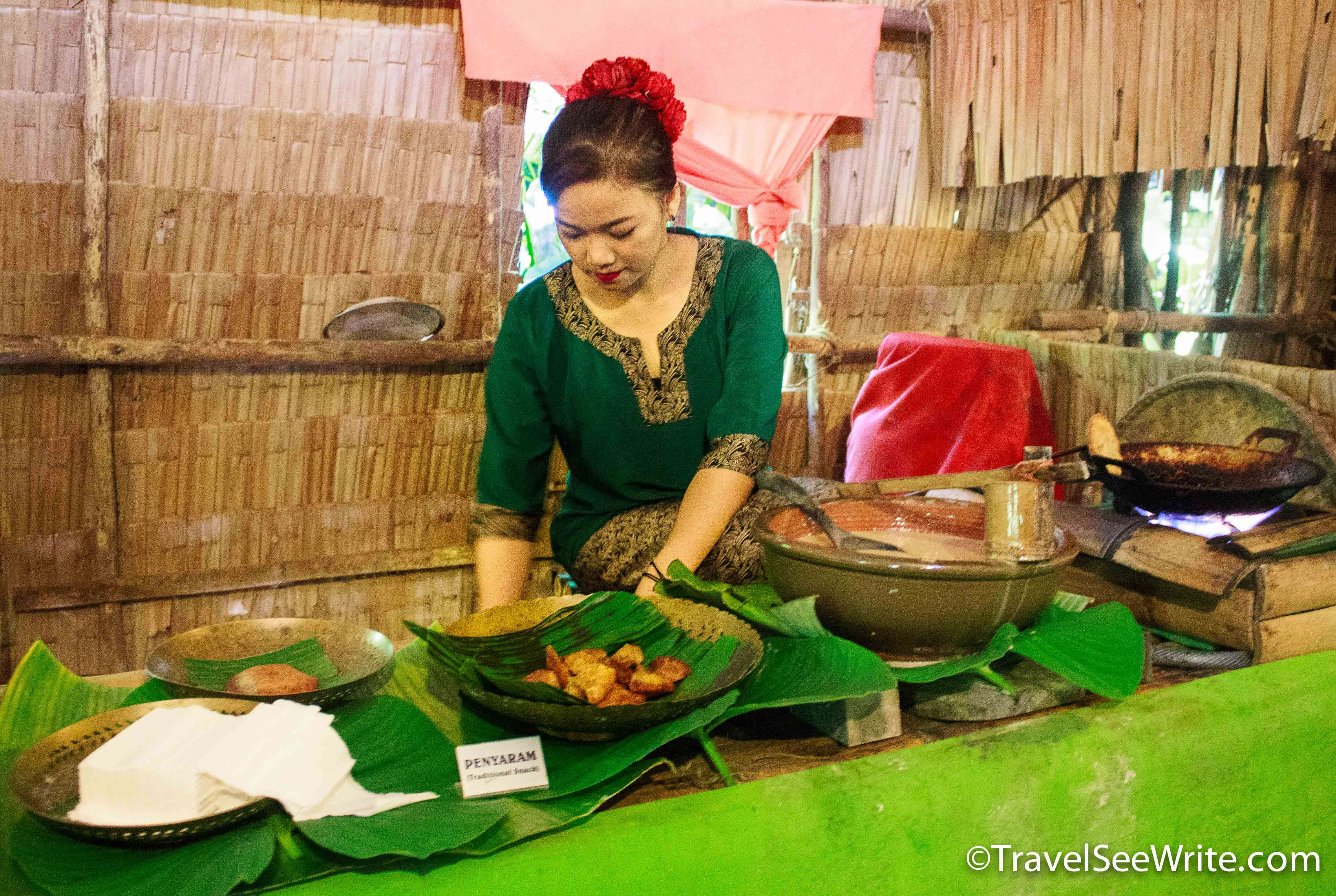 Bajau Tribe woman, Mari Mari village, Sabah, Malaysia - southeast asia travel