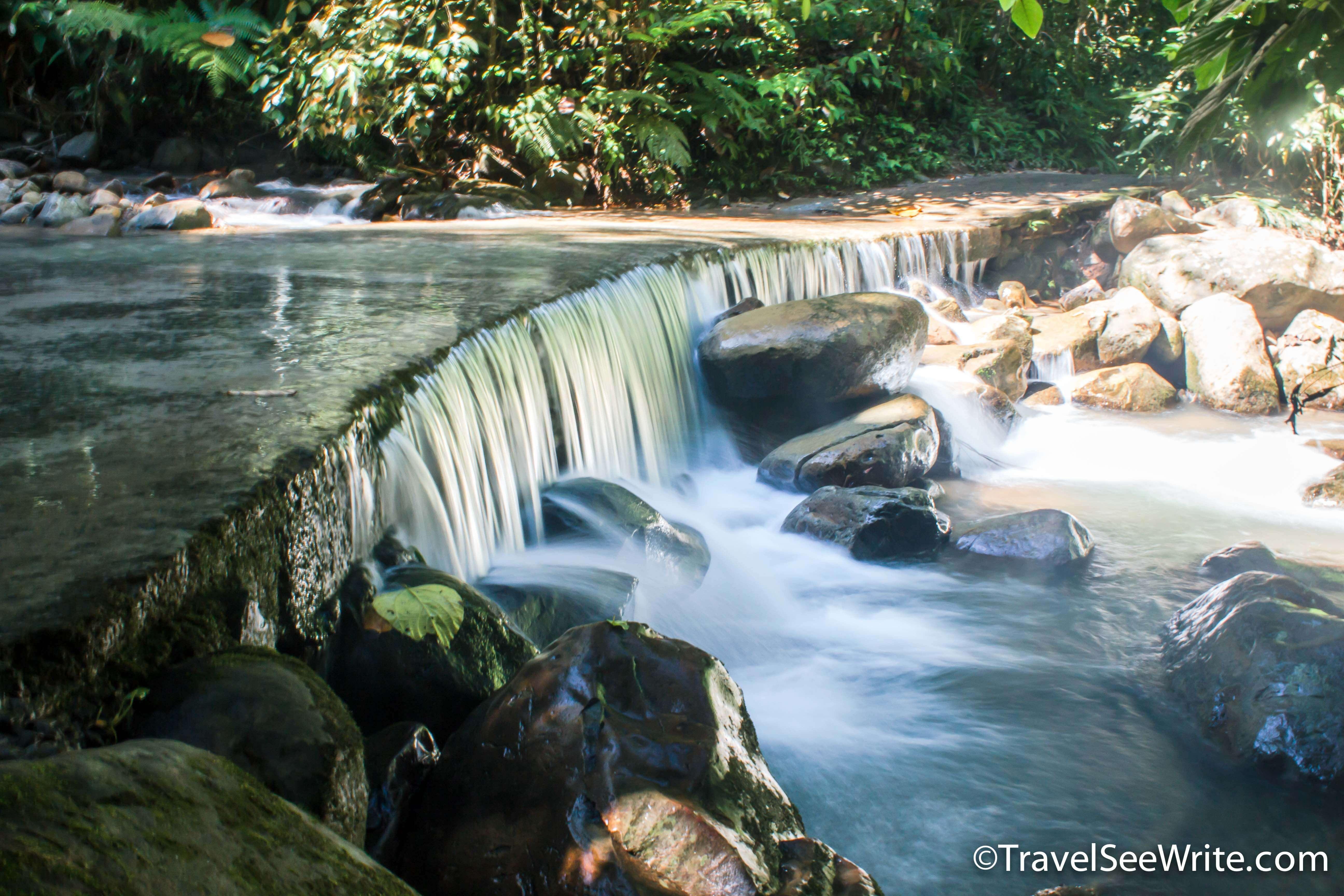 Streams that pass through Mari Mari Cultural Village - Southeast asia travel