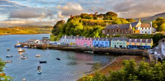The town of Portree, visit the Isle of Skye