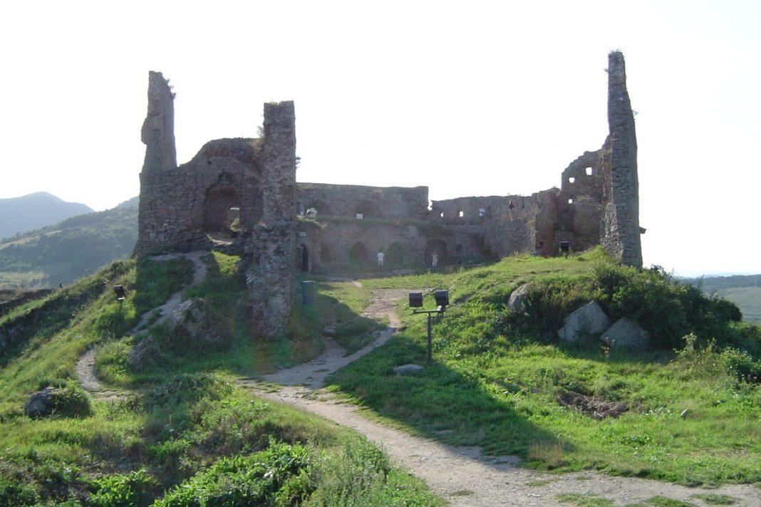 Deva Fortress best castles in Romania