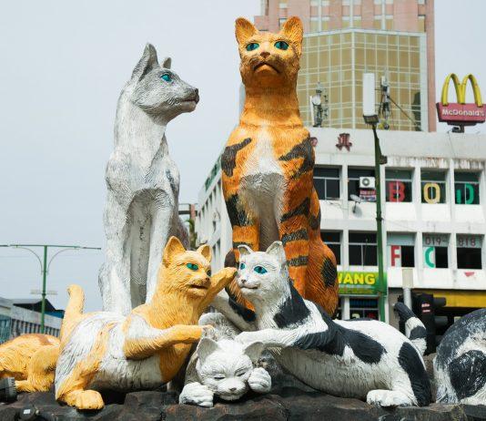 The cat statue in North Kuching