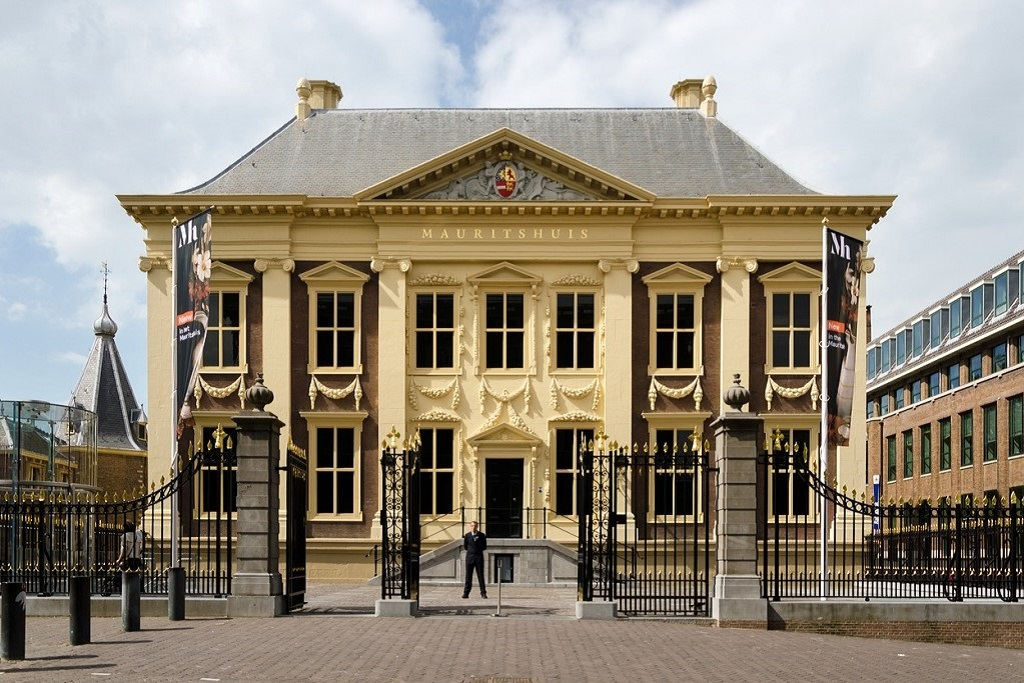 things to do in the Hague Mauritshuis Museum