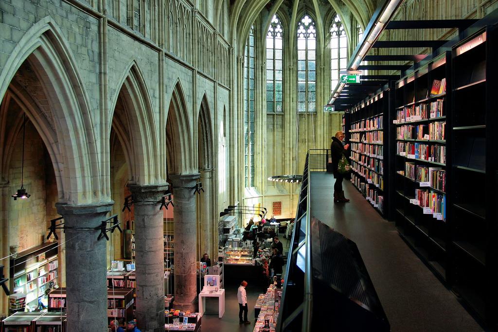 Boekhandel Dominicanen things to do in Maastricht