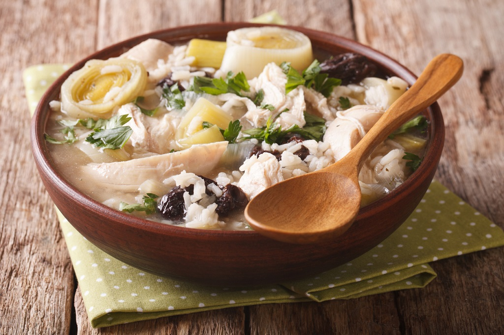 tasty Scottish chicken soup with leeks and prunes