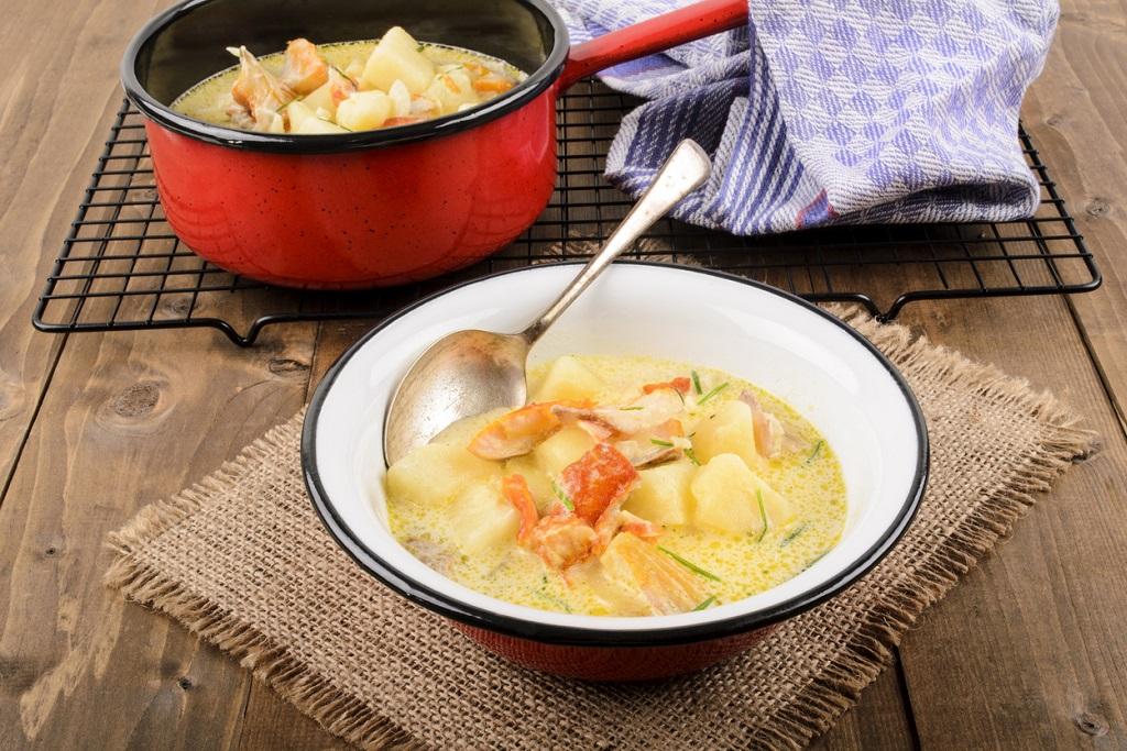 Soups, cullen skink, typical scottish food