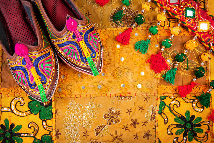 Rajasthani footwear, colourful Rajasthani culture