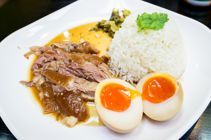 Stewed pork leg on rice - best street food in Bangkok