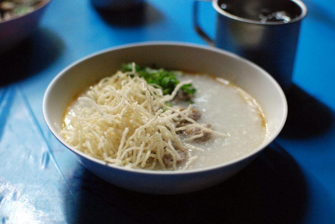 Jok Mu or Thai Pork Porridge - best street food in Bangkok
