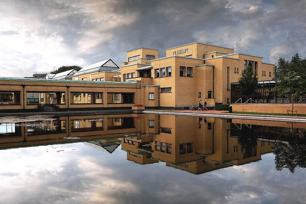 gemeentemuseum in the haag