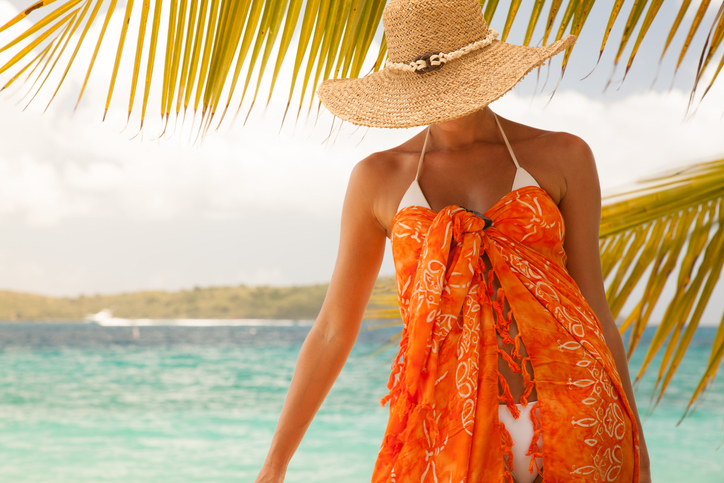 9380bd88d8f0 15 Beach outfit ideas for girls that will turn your beach time into ...