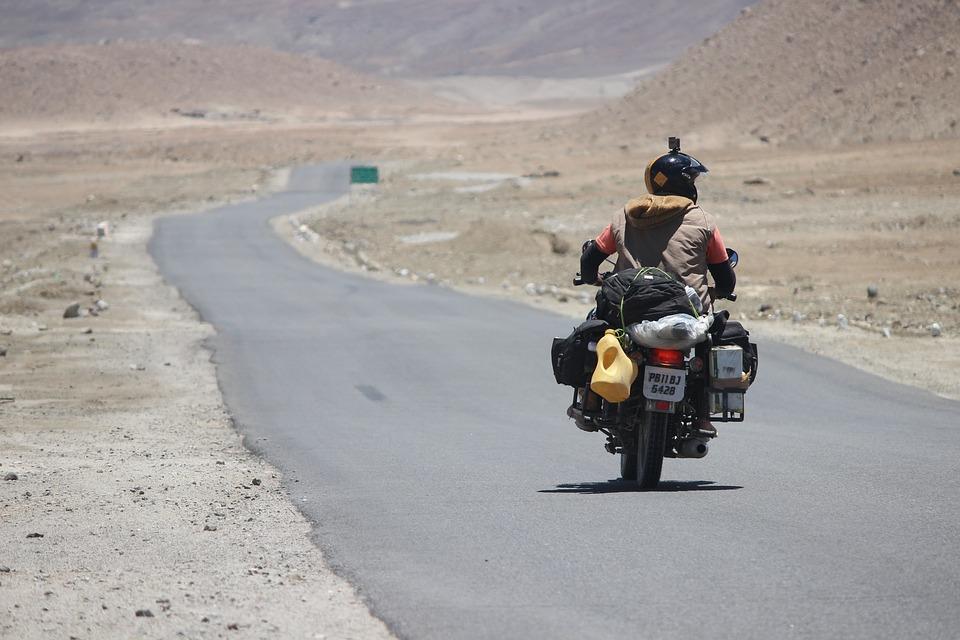 Himalyan Bullet Rider Ladakh Kashmir Blue Leh