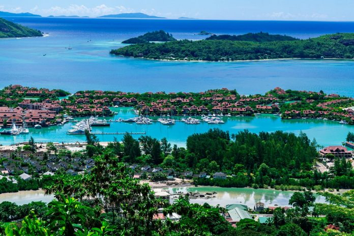 La Misere Viewpoint, Seychelles budget guide
