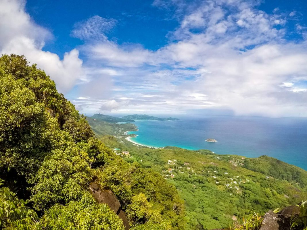 Morne Blanc Hiking Trail, Seychelles