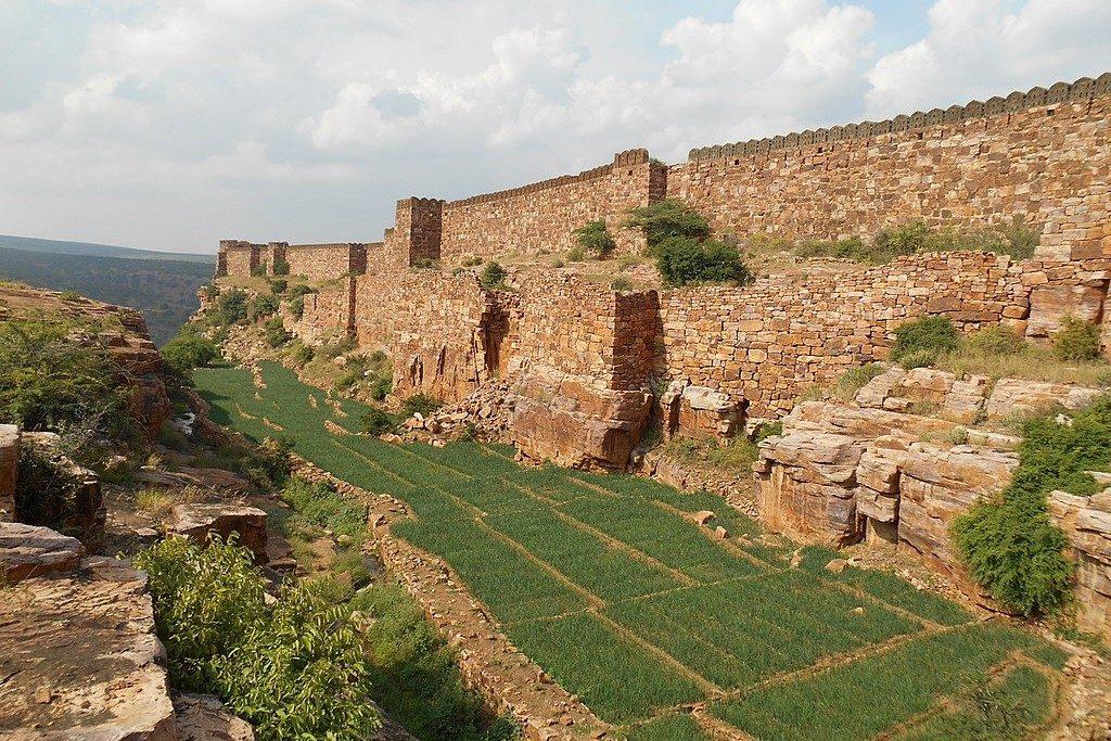 Southern walls of Gandikota fort, grand canyon of India