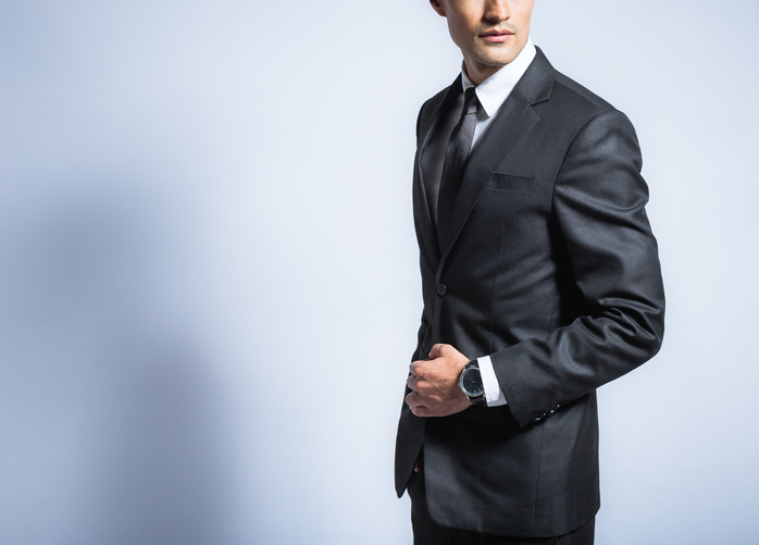 Man in wrinkle free suit - Travel outfits for men