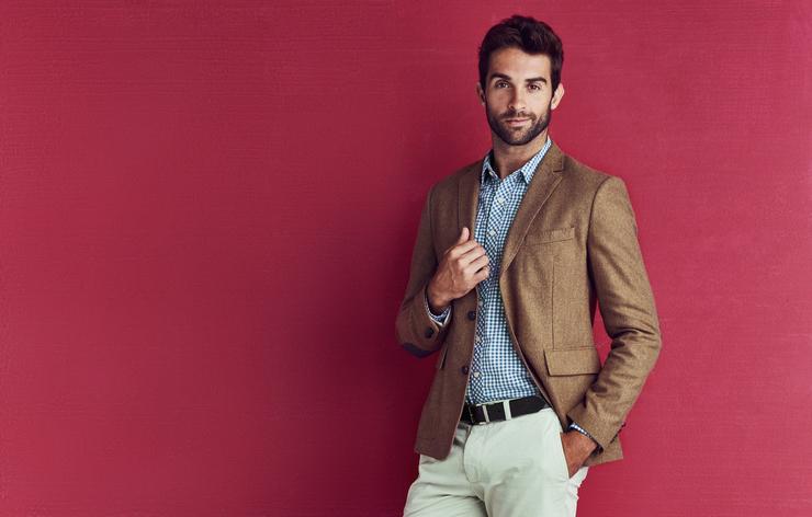 Formal look for men's business travel wardrobe