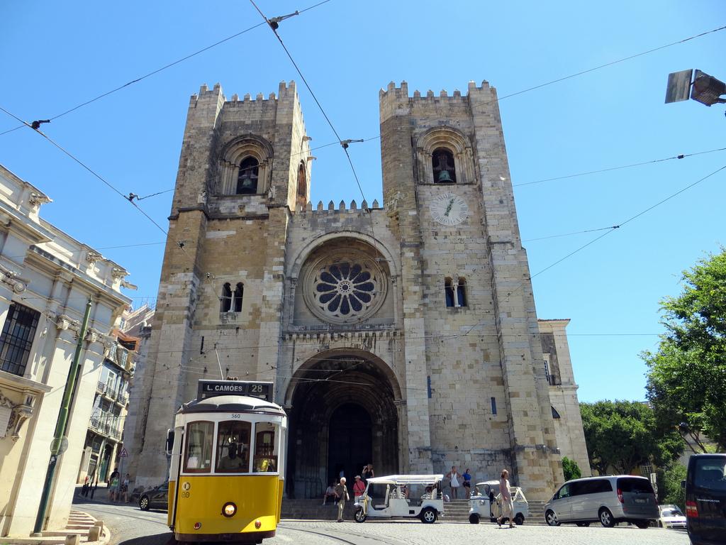 Se Lisbon or Cathedral of Lisbon