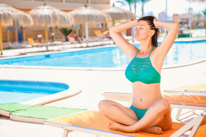 High neck bikini for women's bathing suits