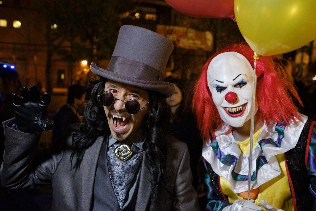 Count Dracula and the Scary Clown join New York´s Village Halloween Parade