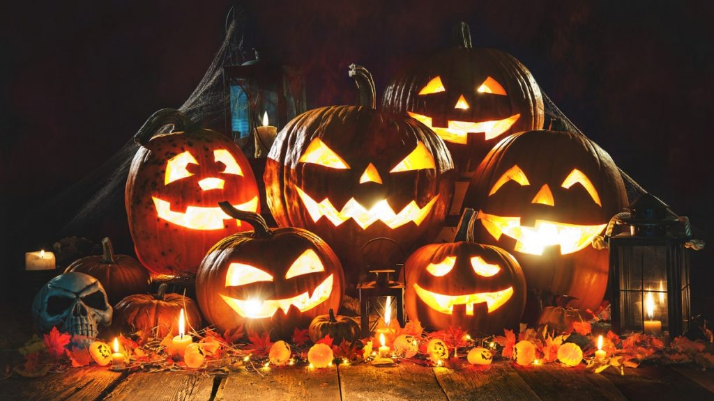 Halloween -2020 The 13 Best Places To Celebrate Halloween | Travel Earth
