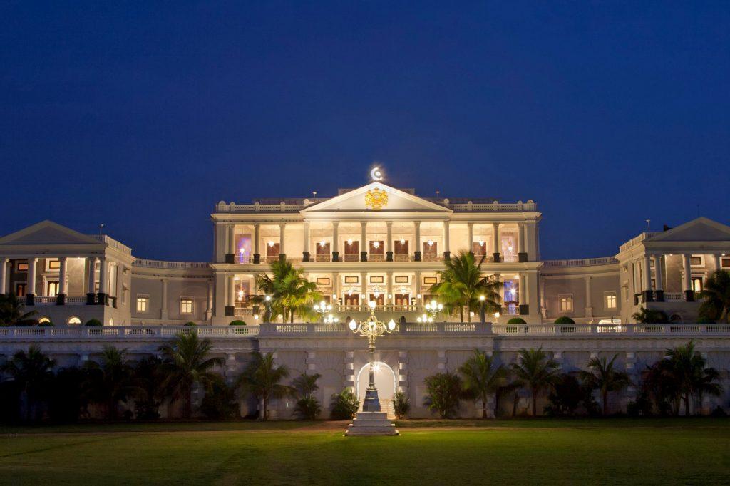 Falaknuma-Palace-Taj