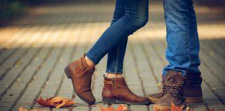 Woman wearing Chelsea boots