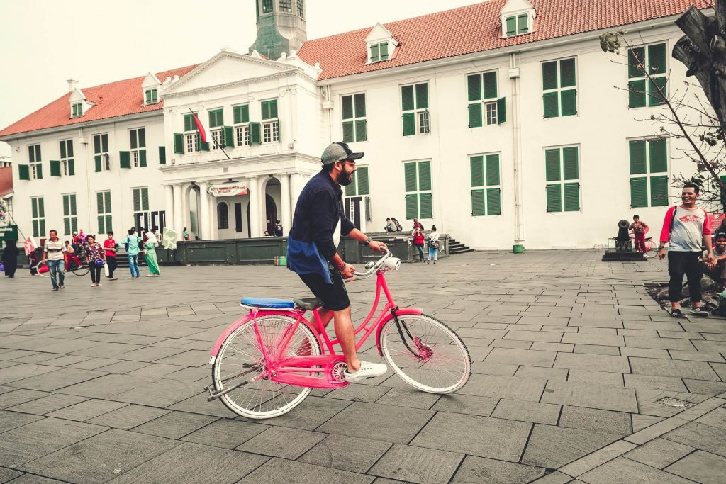 Bright pink cycle in Kota Tua