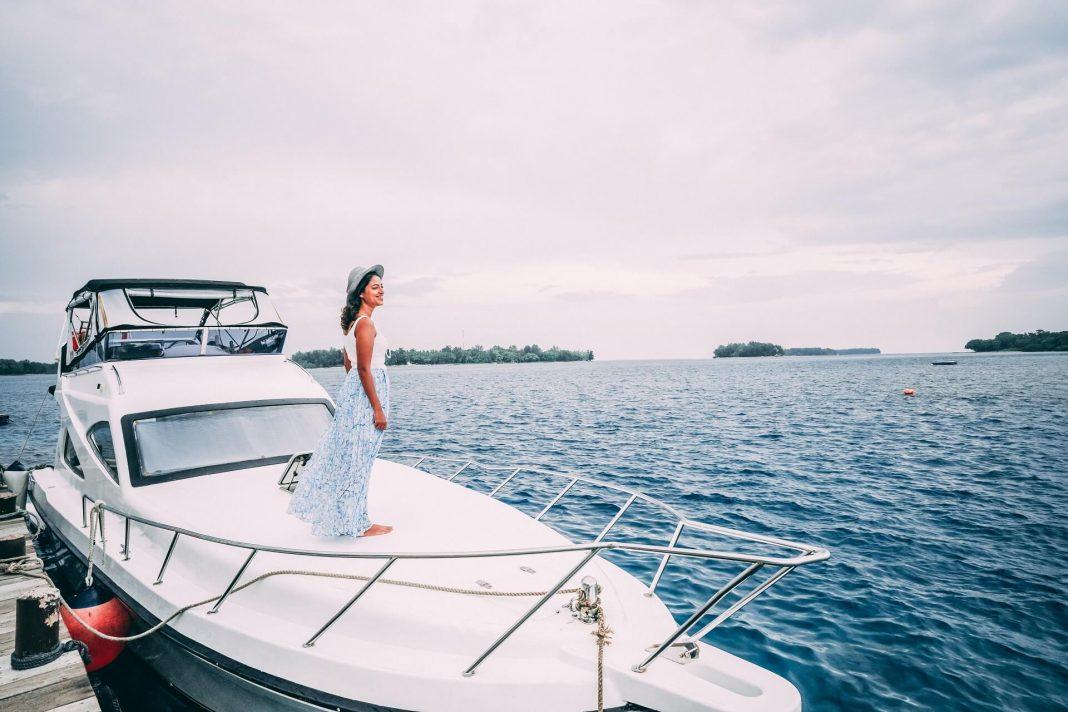 Woman on a yacht, Jakarta, Thousand Islands