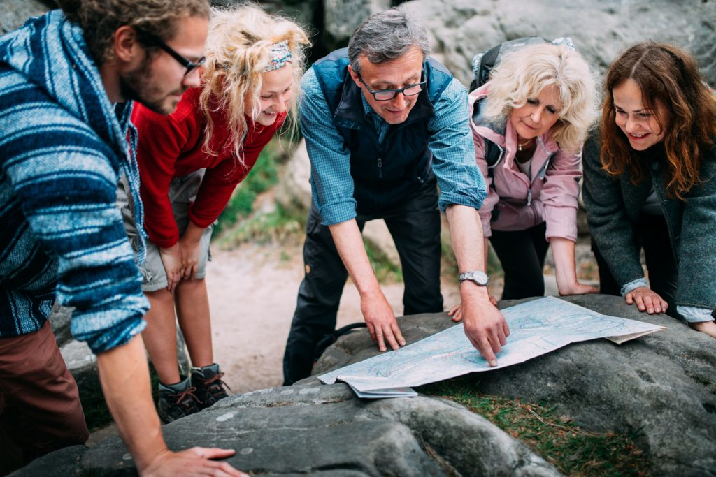 Want to be a Tour Guide? Check out the qualities every tour guide must have