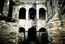 Haunted_fort_of_Bhangarh