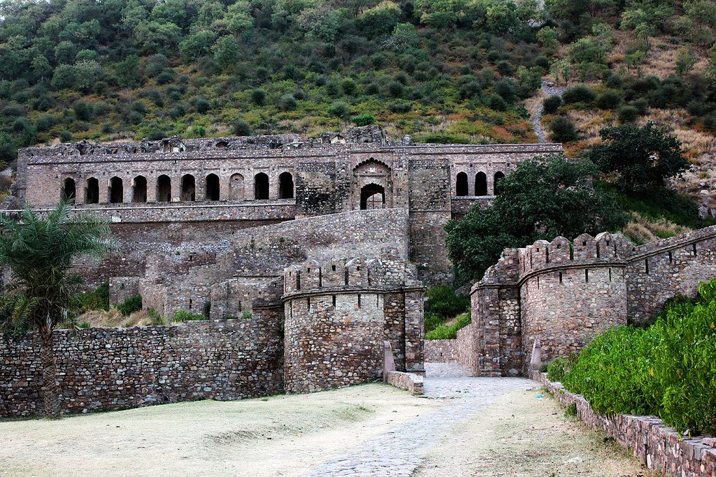 Bhangarh Fort is the top most haunted place in India