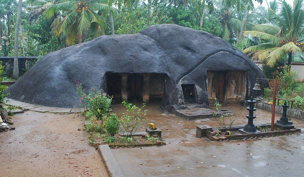 Kottukal-Cave-Temple